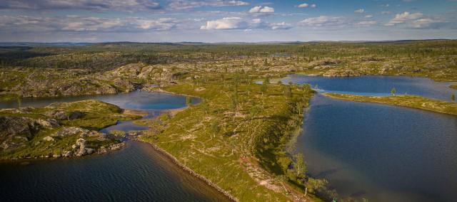 Kalaton-järven ympäristöä Vätsärissä. Kuva: Poppis Suomela
